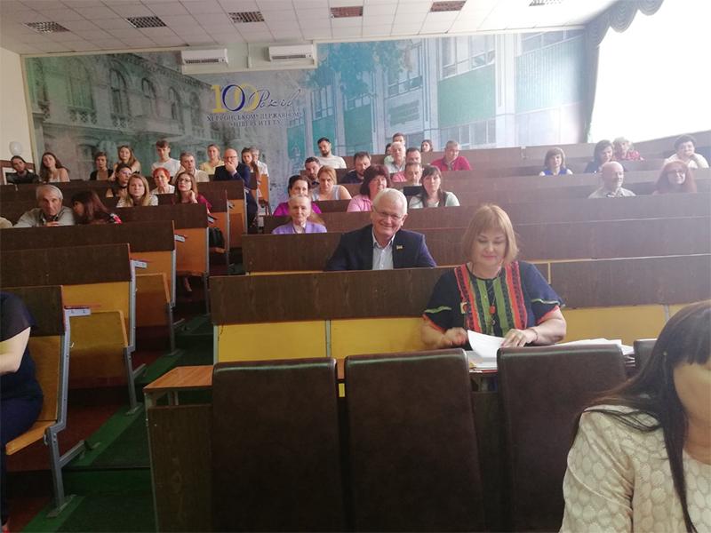 Олександр Співаковський: випускники шкіл повинні обирати для навчання місцеві університети