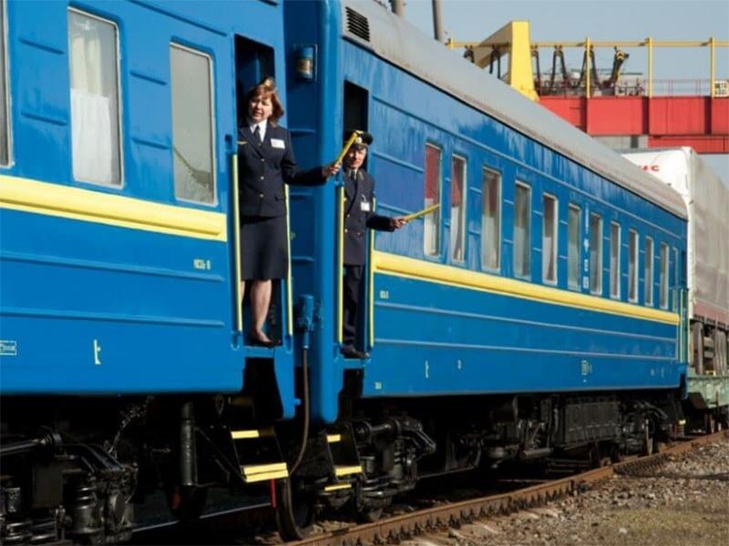 На Херсонщину курсуватиме додатковий міжнародний потяг