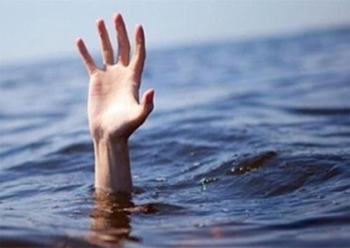 Погибший в Геническе милиционер утонул в море одетым?