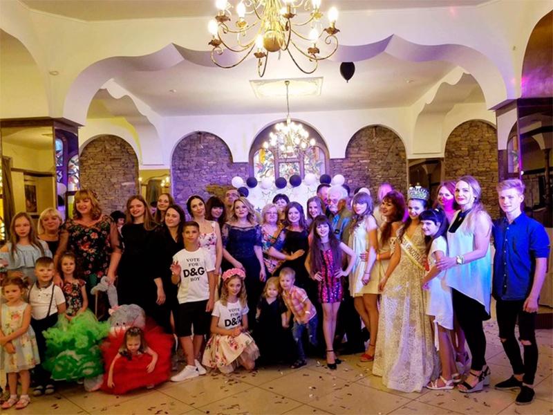 В Херсоне выбрали самую модную семью