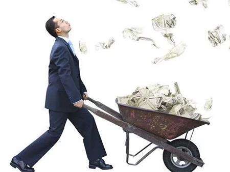 У кого их мэров городов на Херсонщине самая большая зарплата?