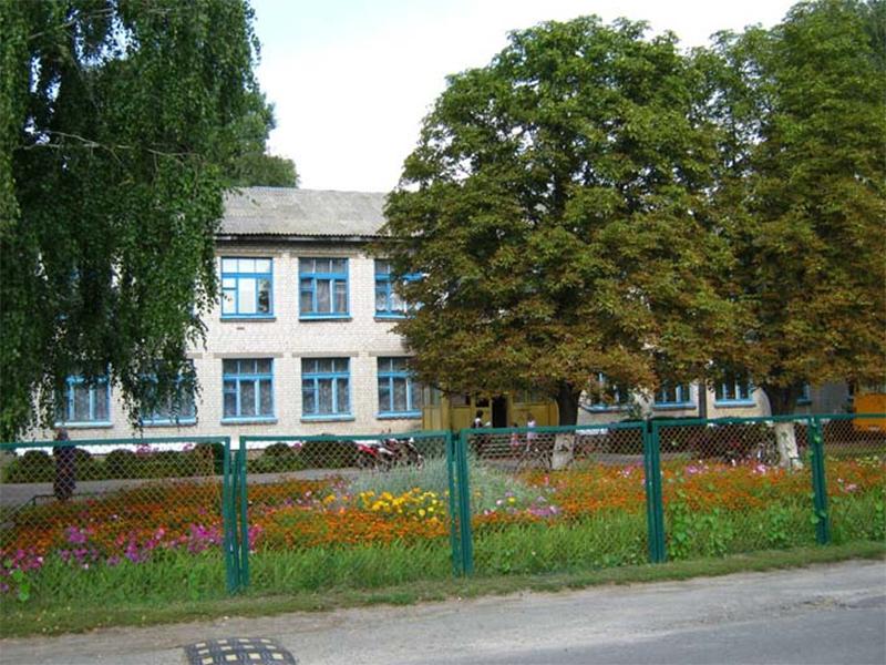 У Каховському районі три школи об'єднали в одну
