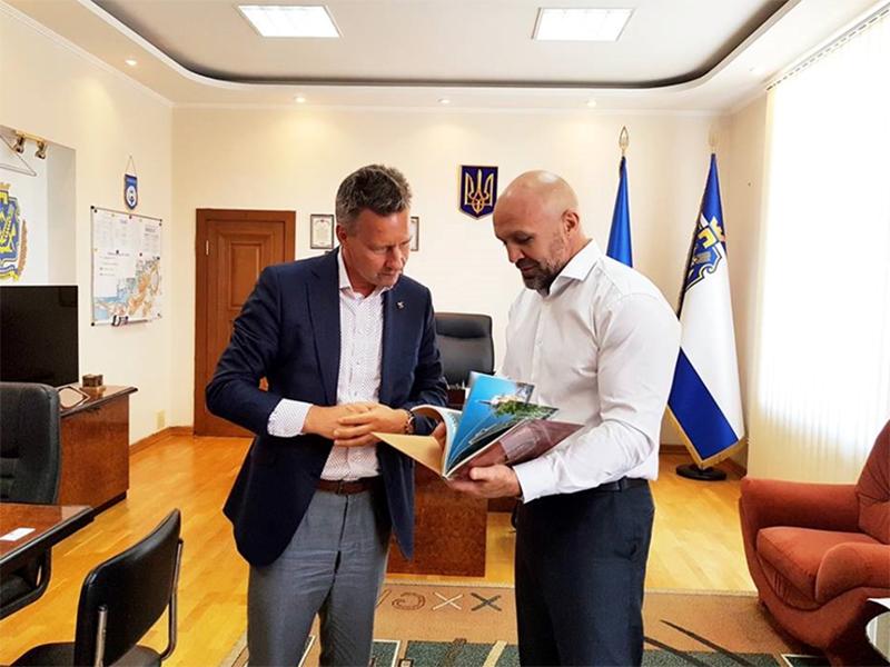 Владислав Мангер: Мы не ищем помощи, мы ищем дружбы