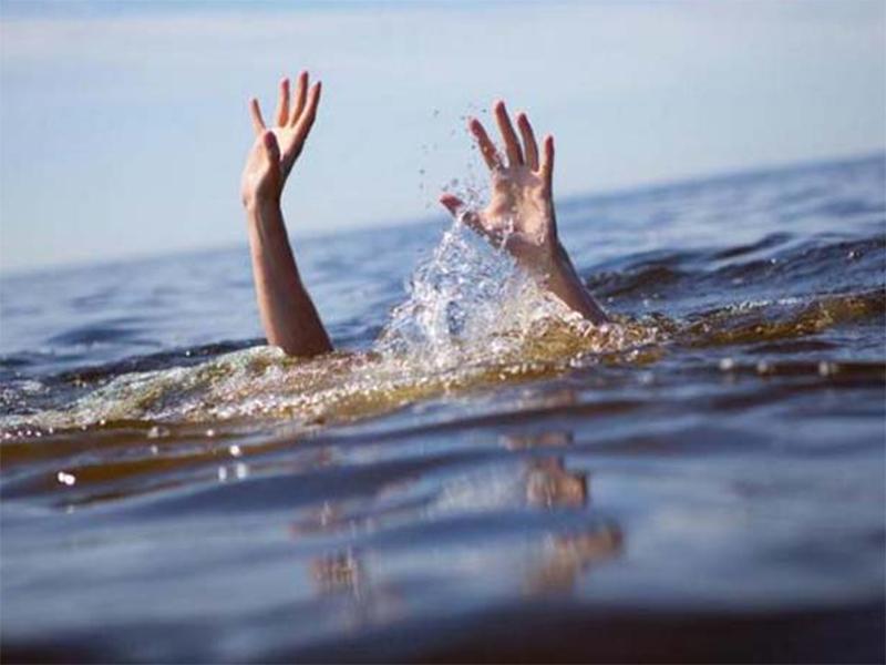 У пляжей Херсонщины тонут подростки