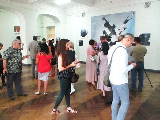 В Херсоне открылась выставка академика Национальной академии искусств Украины