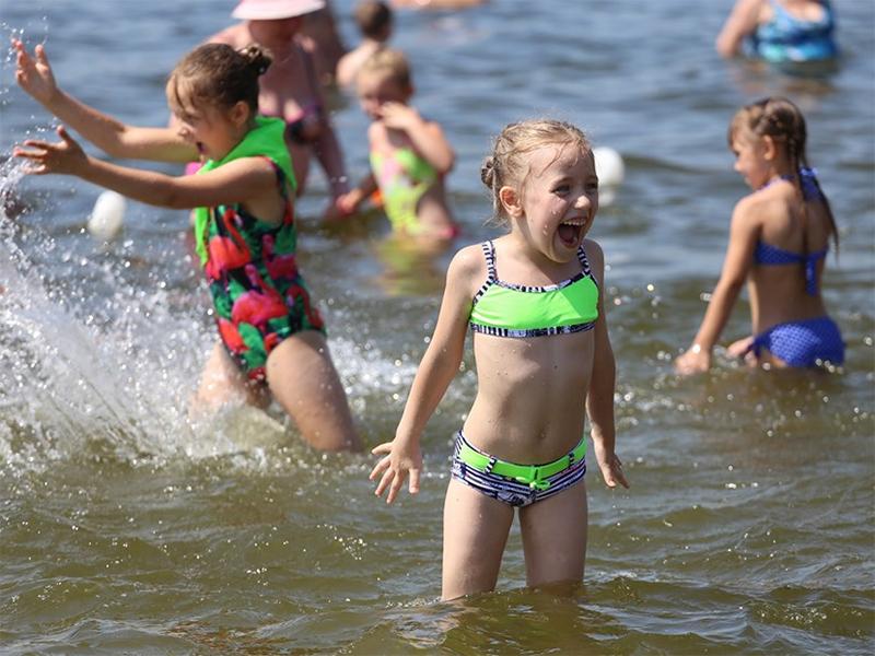 Как в Херсоне открывали Школу плавания (видео)