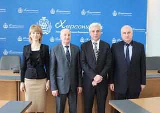 Белорусы заинтересовались производством Херсонского комбайнового завода