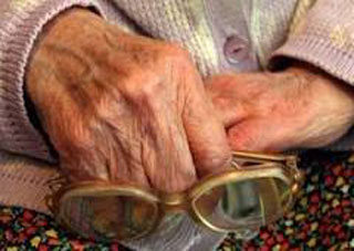 Херсонскую пенсионерку до смерти избили за 150 гривен