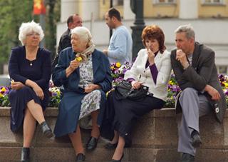 В парламенте предлагают снизить пенсионный возраст