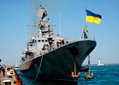 Василий Федин поздравил моряков