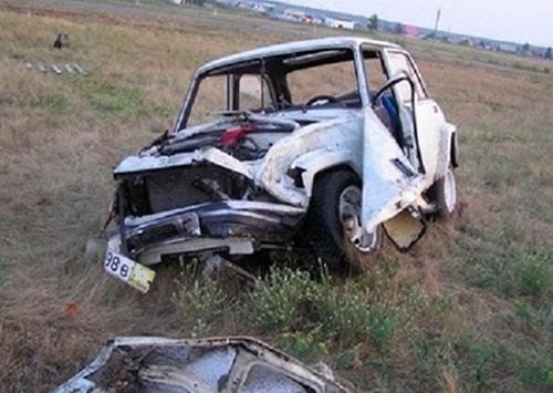 На Херсонщине угонщик разбился на краденой машине