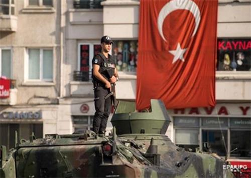 Херсонцы, не нужен вам берег турецкий…
