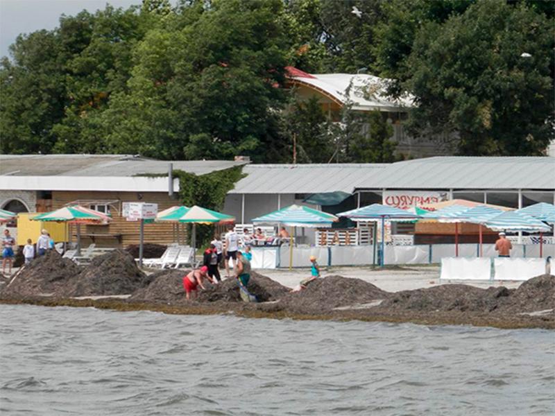 Туристам у Скадовську загрожує лише кишковий розлад?