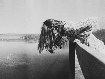 Самоубийство женщины на Антоновском мосту предотвратил херсонец