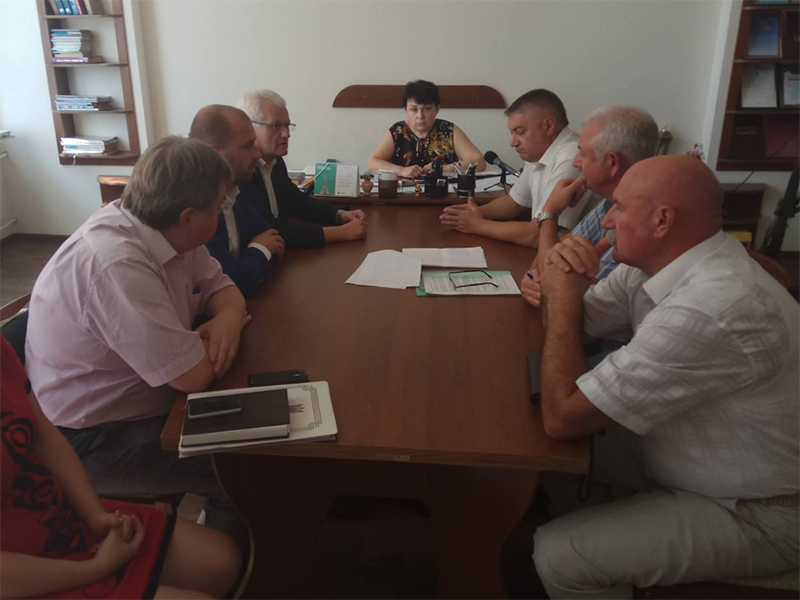 Співаковський провів виїзну робочу нараду на швейній фабриці Українського товариства глухих