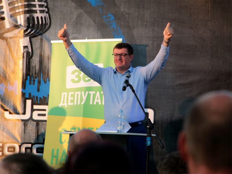 Первые дебаты в Херсоне: Павел Павлиш победил Василия Федина