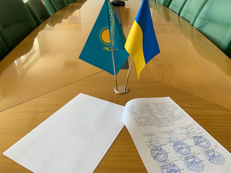 Казахский порт Курык - официально партнер проекта, инициированного в Херсоне