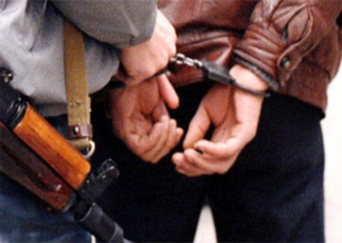 В Херсоне задержан вооруженный мужчина