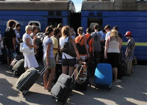 На Херсонщині переселенцям допомагають у пошуках роботи