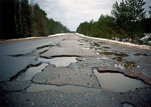 Мешканці двох сіл Херсонщини самотужки відремонтували «шмат» державної автотраси