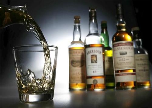 Элитный алкоголь херсонец продавал по цене бормотухи