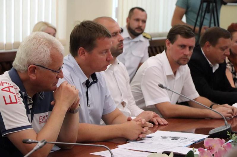 Херсонців закликають об'єднатися заради оборони Херсонської державної морської академії