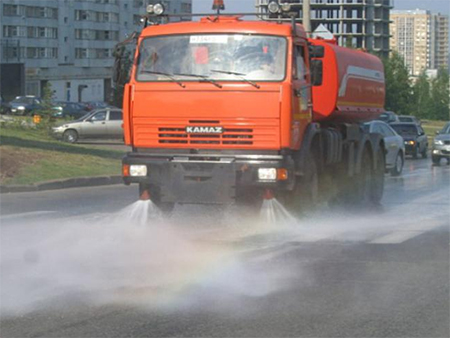 Херсон в пик жары будут спасать поливом улиц
