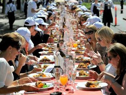 На Херсонщині накрили стіл на півтори тисячі гостей