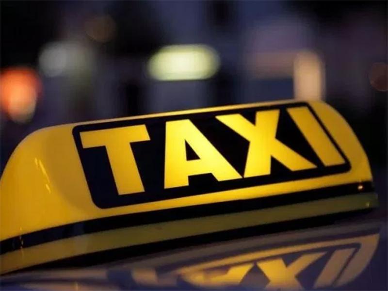 В Херсоне у таксиста в салоне авто нашли шприцы