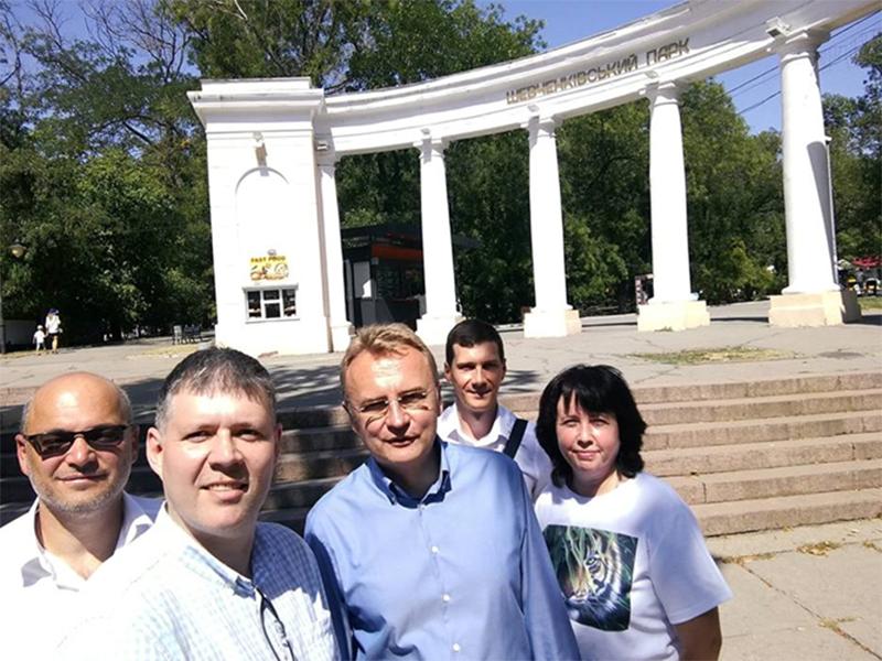 Садовой посоветовал херсонцам акцентировать внимание на особенностях города