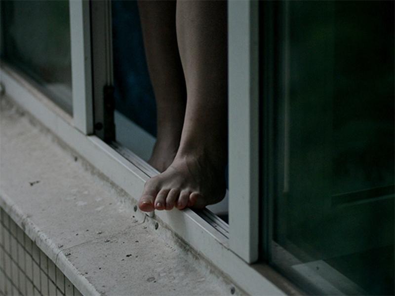 Спасаясь от мужа, жена в Херсоне выпрыгнула из окна многоэтажки
