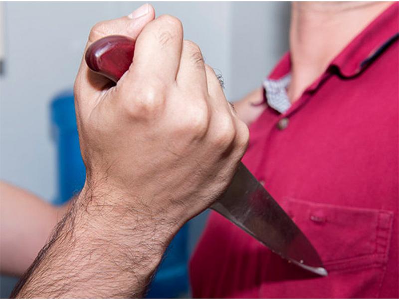 В Геническе мужчину убили ножом в сердце