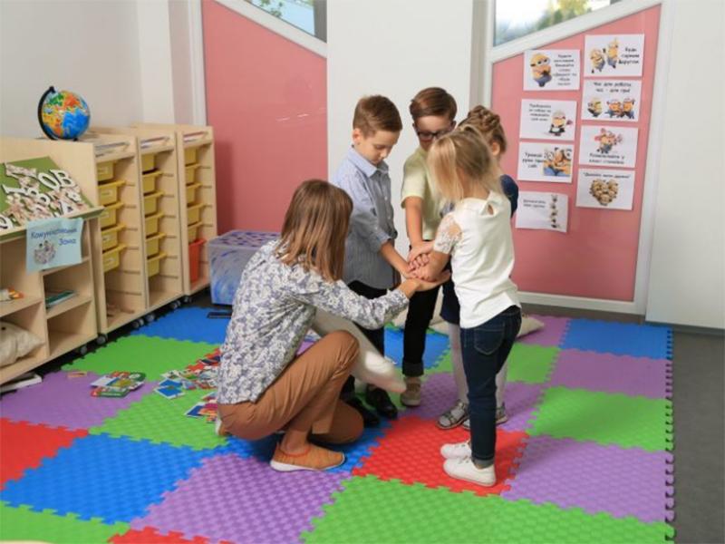 Для херсонських шкіл придбали нове навчальне обладнання