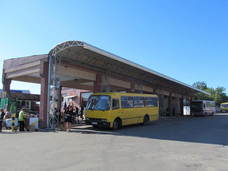 На Херсонщине нелегальные грузы возят в пассажирских автобусах