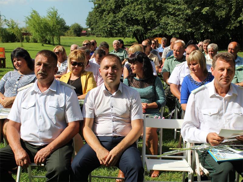 В Олешківському районі привітали лісівників