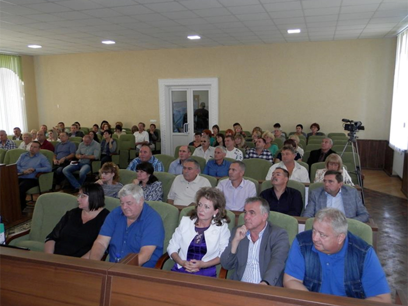В Геническом районе депутаты ищут компромисс