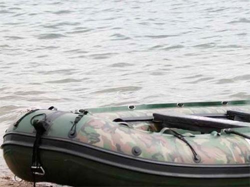 Сирота на Херсонщині човен викрав