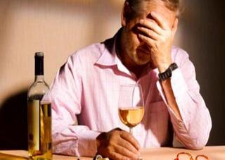 Комуністи пропонують примусово лікувати алкоголіків у психлікарнях