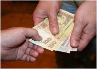 В Херсоне задержан налоговик-взяточник