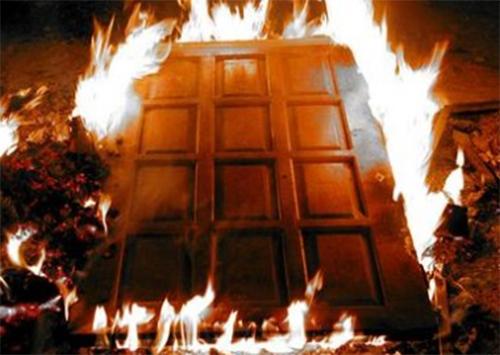 Предвыборная кампания с поджогом на Херсонщине