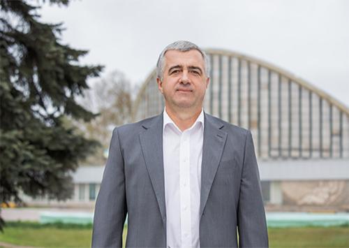 Вячеслав Яременко: Власть должна максимально сократить все затраты на содержание чиновников