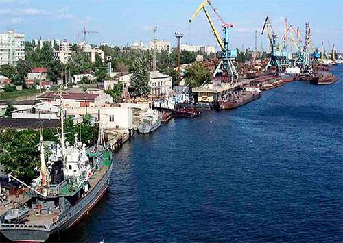 У морському порту Херсона прискорили «ротацію» торгових суден