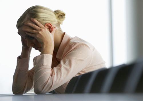 Херсонцям про звільнення з роботи через довготривалу хворобу