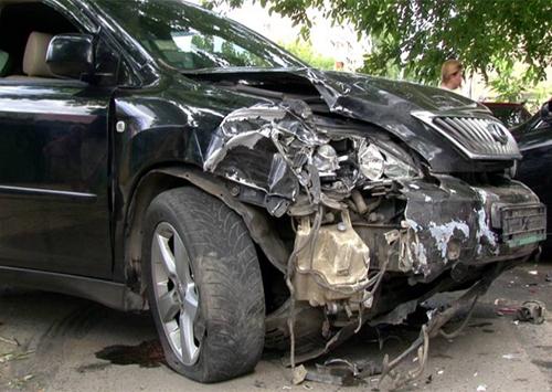 На Херсонщине изуродовали машину Журавко