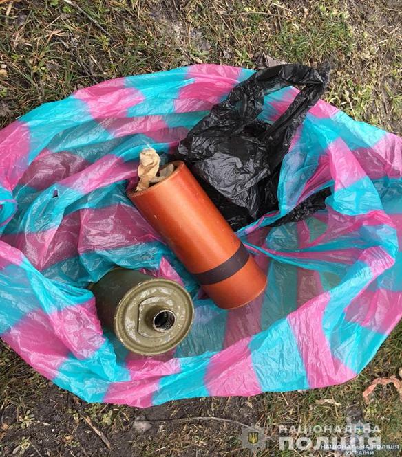На Херсонщині затримали чоловіка, який намагався виміняти гранати на горілку
