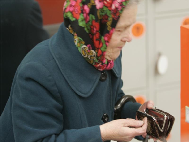 Херсонці, знайте: підвищення пенсій не буде