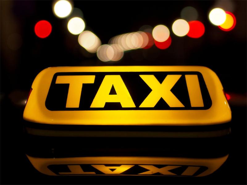 У таксиста-нелегала Херсонський суд забрав машину