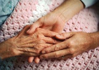 Как  и на что живут херсонские пенсионеры и инвалиды