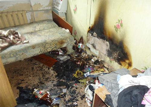 Херсонські рятувальники загасили пожежу і врятували чоловіка