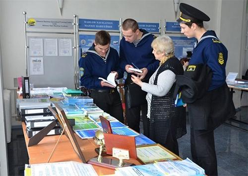 Проблемы морского транспорта обсуждали в Херсоне